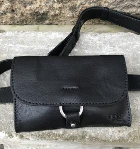 OLIVIA BLACK BUMBAG SADDLER