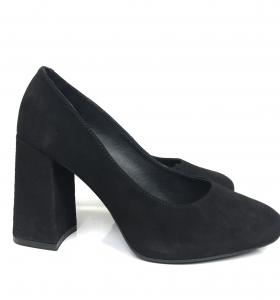 Black pump shoe Unmade Copenhagen