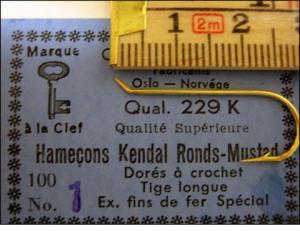 Mustad 229K No.1 Kendal Round