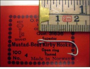 Mustad 31636 No.4 Best Kirby