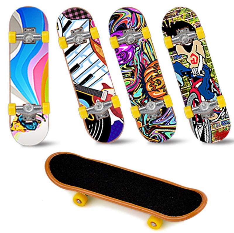 Skateboard 1/10 Dekoration 95x25x18mm