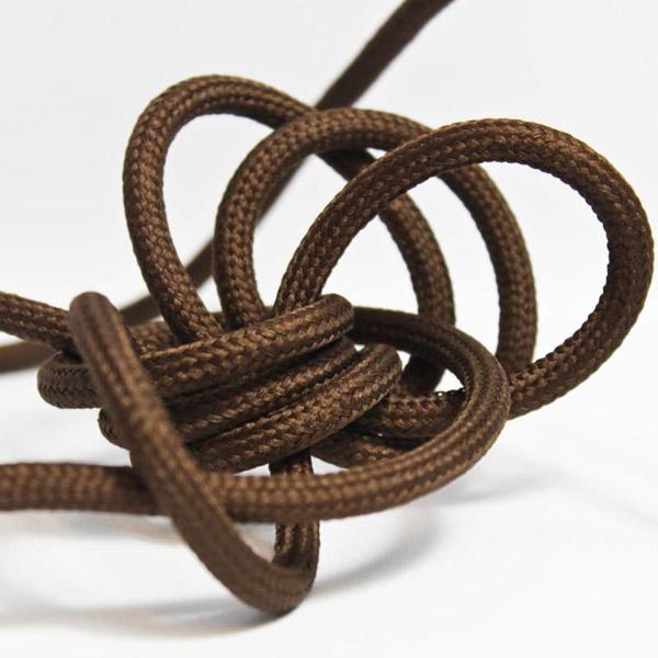 Brun textilsladd ojordad kabel. Finns i flera olika längder.