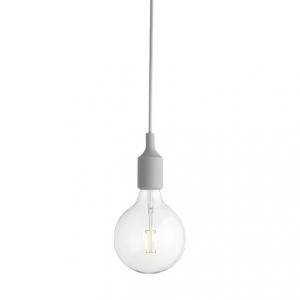 E27 pendel takupphäng ljusgrå från Muuto. Inklusive LED-lampa.