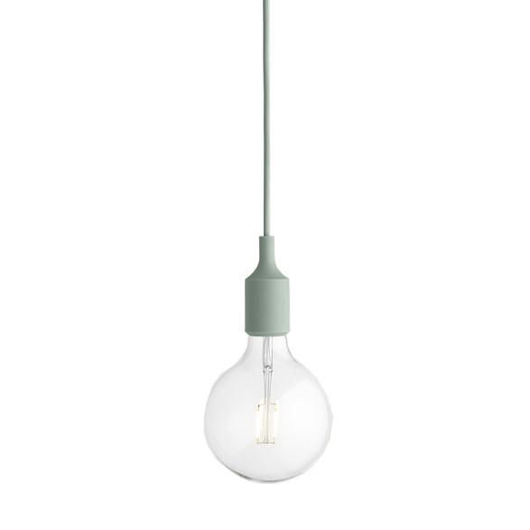 E27 pendel takupphäng ljusgrön från Muuto. Inklusive LED-lampa.