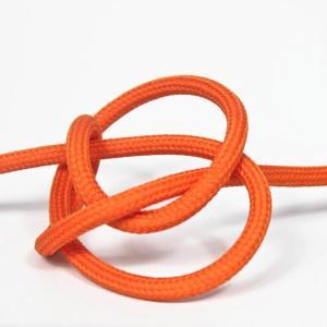 Orange textilsladd ojordad kabel. Finns i flera olika längder.