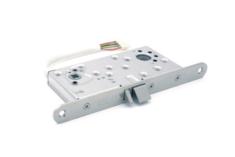 Step Ellås 110 24V (connect)