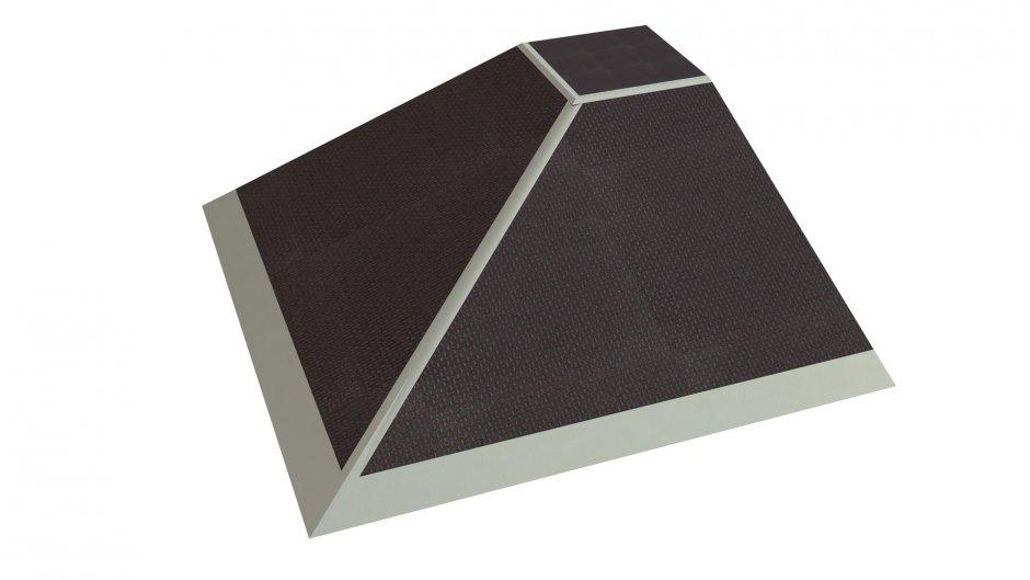 Quarter pyramid, H0.8 x W2.8 x L2.8