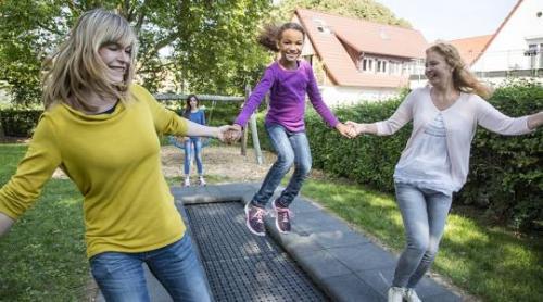 Studsmatta - Kids Track