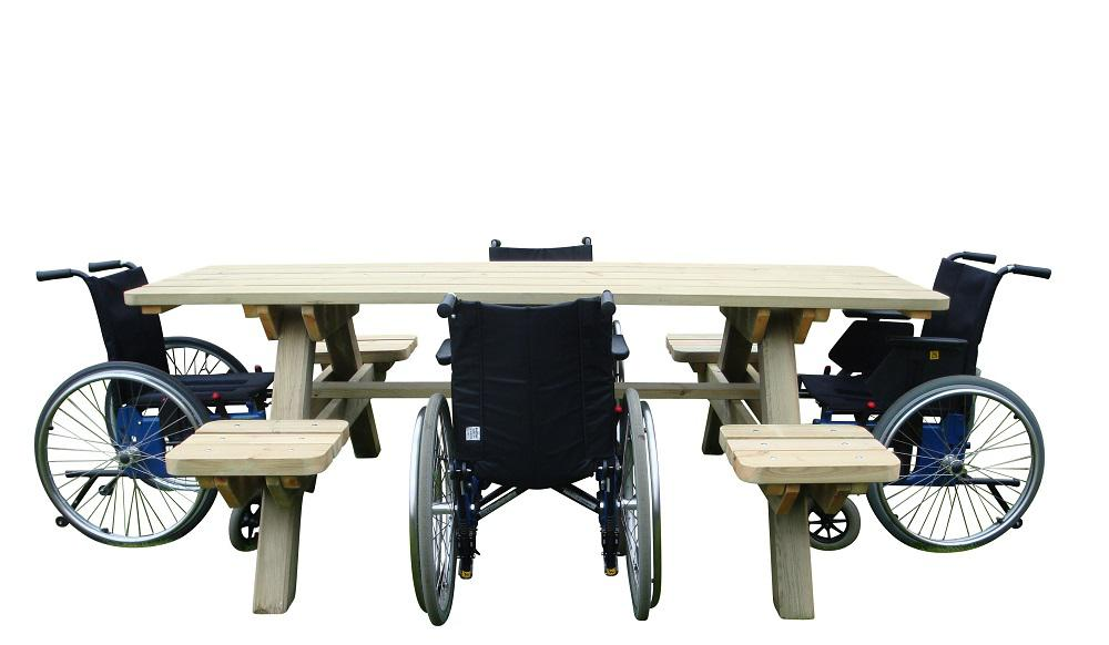 Tillgängliga bänkbordet 4+4