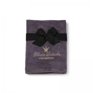 Elodie Details Pearl Velvet Blanket Plum Love