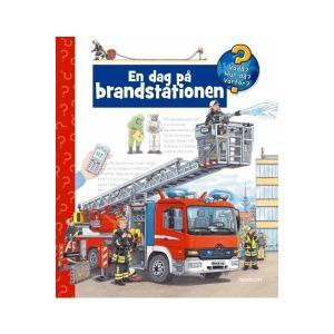 Hjelm Förlag En Dag På Brandstationen Bok