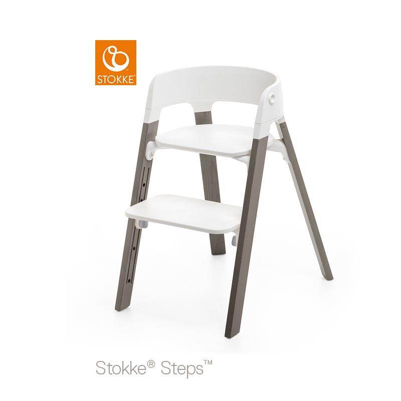 Stokke Steps Stol med Vit Sittdel och Stolsben i Bok Hazy Grey