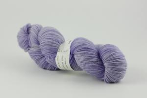 Ljuslila - handfärgat sockgarn 100g