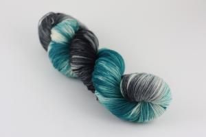 Snabeldraken - handfärgat sockgarn 100g