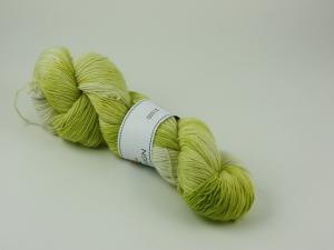 Vårgröna blad - entrådig merino 100g