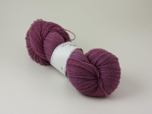 Plommon - Norsk lammull ca 100g
