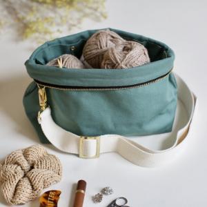 Sage - Plystre crossbody pouch