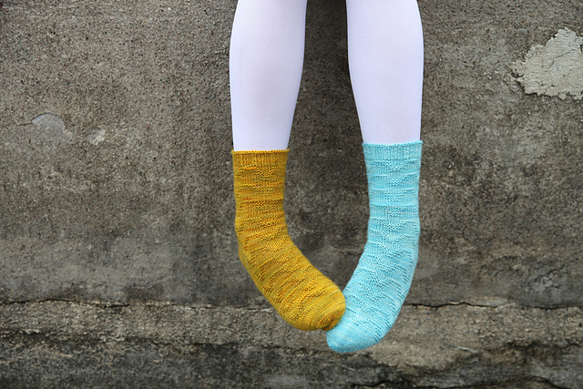 Tula socks pattern