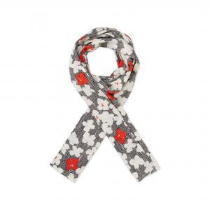Along scarf