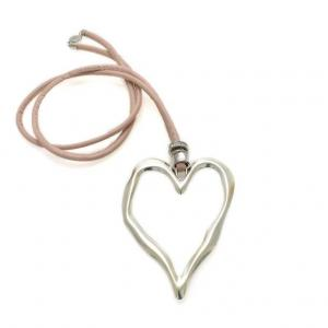Halsband med hjärta