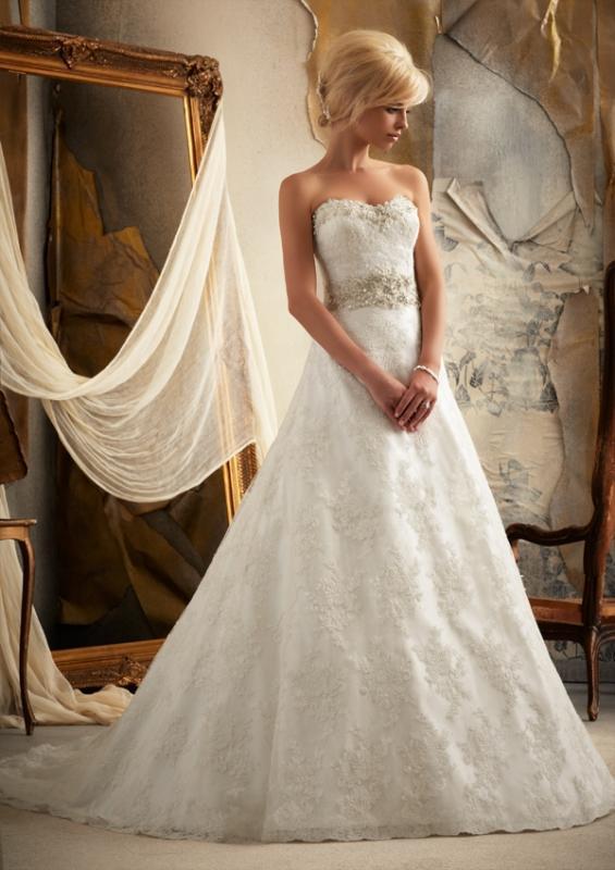 Brudklänning Antoinette - uthyrning