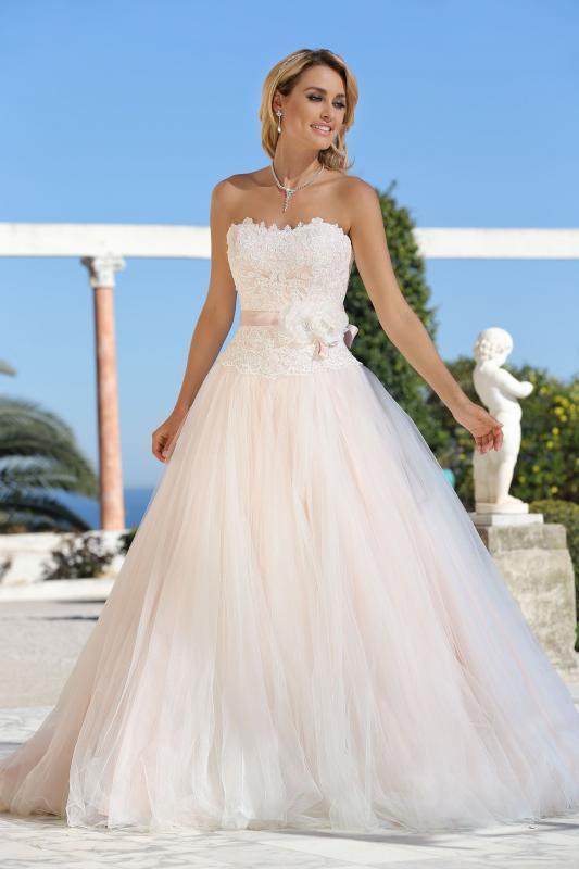 Prinsessig bröllopsklänning Doreen