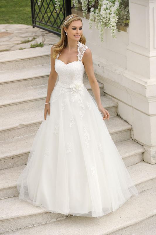 Bröllopsklänning 718008
