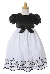 Festklänning / näbbklänning Angela