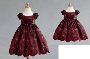 Näbbklänning / festklänning Evelina - vinröd