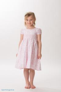 Smockad barnklänning Heli