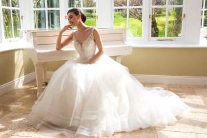 Brudklänning 19618