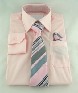 Finskjorta - rosa med slips och näsduk