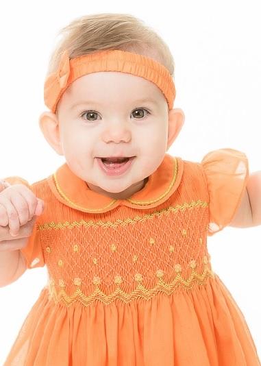 bbf3208331f8 Smockad klänning Orange