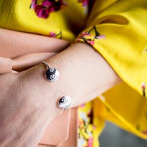 Handtillverkade silverarmband i unik design