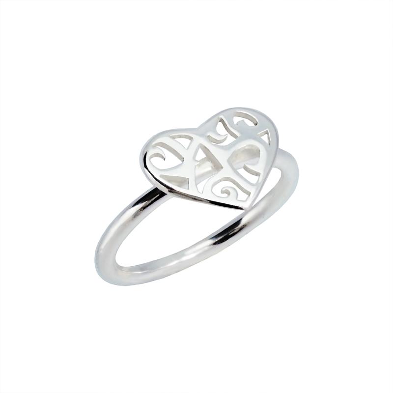Silverring Taggig hjärta i justerbar storlek handtillverkad
