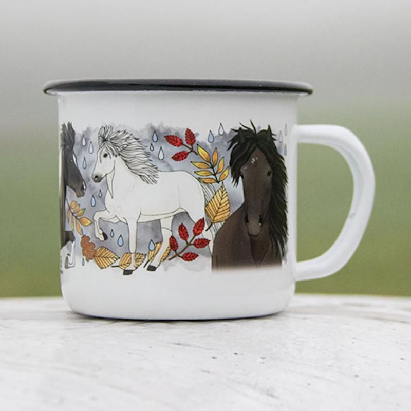 Emaljmugg med motiv av häst i regn