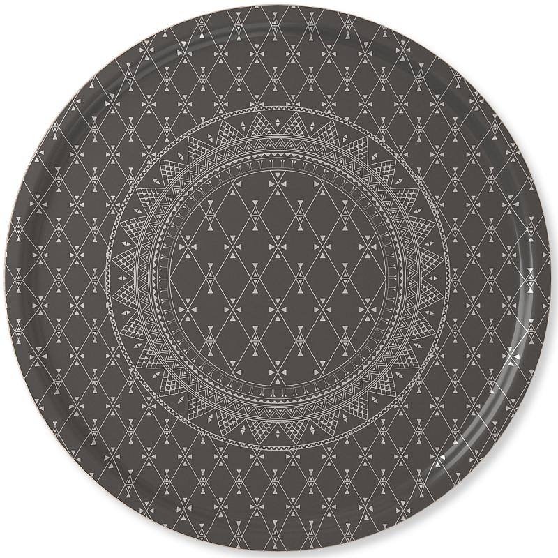 Bricka i samisk design från Stoorstålka med motivet Buorre idet som betyder god morgon på samiska