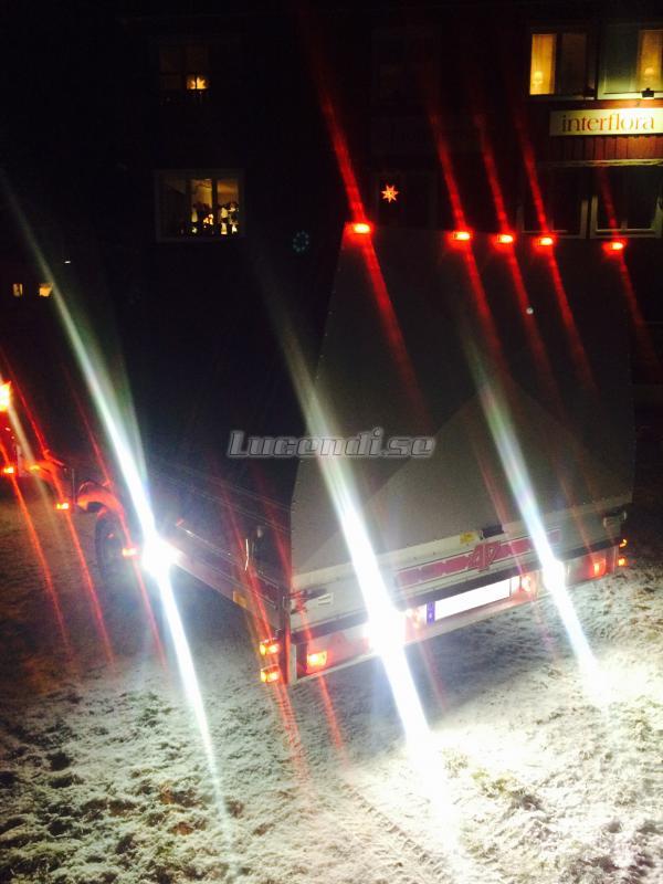 Led positionsljus på släpvagn