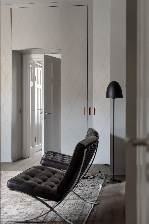 Kort högerhängd dörr 50cm Pax - med mönster