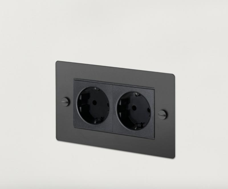 Buster & Punch vägguttag x2 - svart
