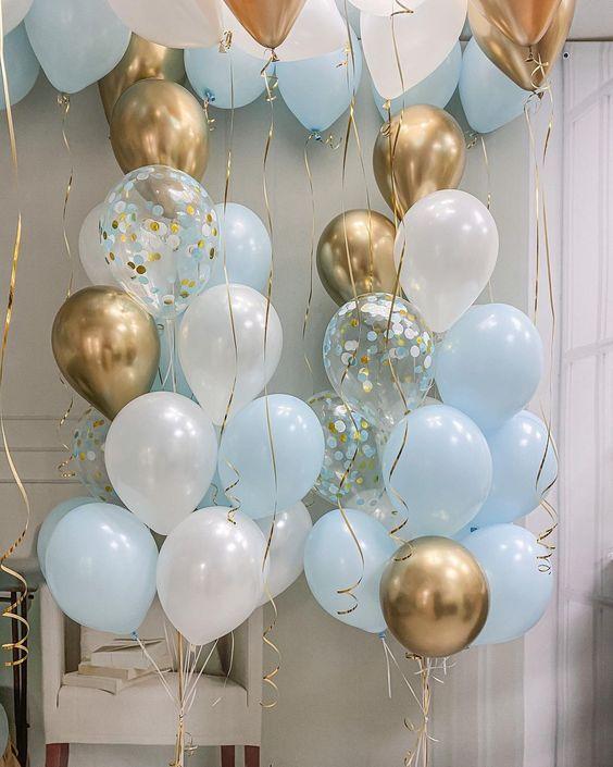 Ballong Bukett i Pastell Blå/Guld Chrome. 35 Pack.