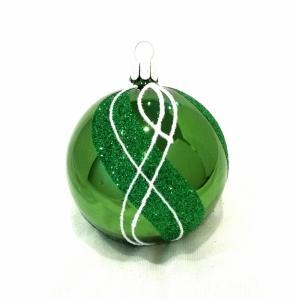 Grön blank med dekor av grönt- och vitt glitter