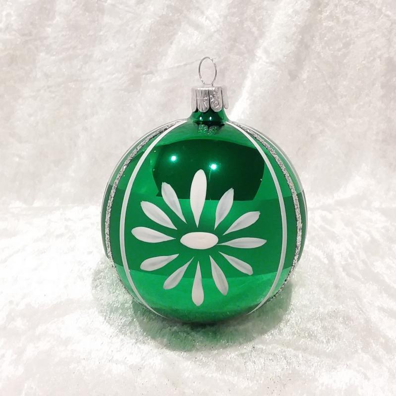 Grön blank med dekor i vitt