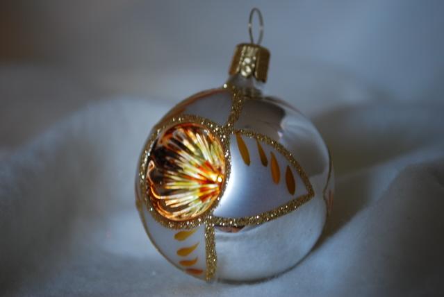 Julgranskula 5 cm silver/guld-dekor