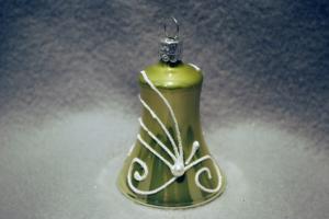 Klocka grön med pärlor 5,5cm