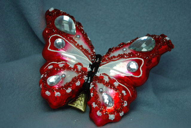 Fjäril julröd