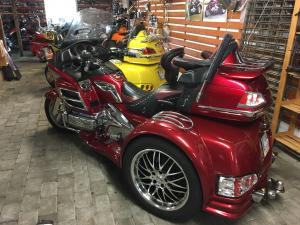 TRIKE GOLDWING