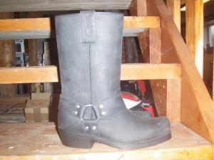 Boots cruiser 1000 storlek 40