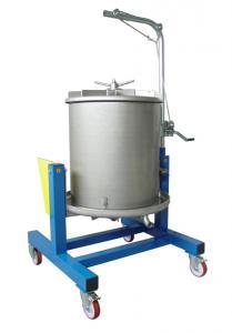Fruktpress-Hydropress SUPERIOR 300 L i rostfritt stål från Enotecnica Pillan. Tippningsbar på hjul