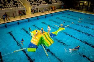 Wibit KidsRun inkl tillbehörs kit med pool booms